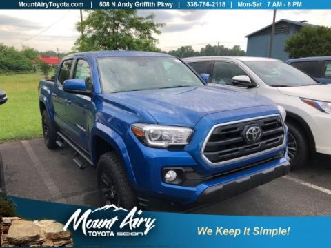 New 2018 Toyota Tacoma SR5 Double Cab 5' Bed V6 4x4 AT 4WD