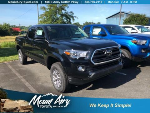 New 2018 Toyota Tacoma SR5 Double Cab 6' Bed V6 4x4 AT 4WD