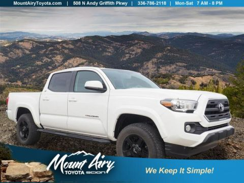 New 2017 Toyota Tacoma SR5 Double Cab 5' Bed V6 4x4 AT 4WD