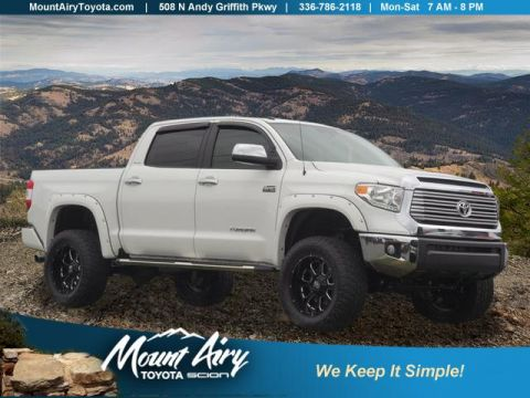 Pre-Owned 2017 Toyota Tundra 4WD Limited CrewMax 5.5' Bed 5.7L FFV