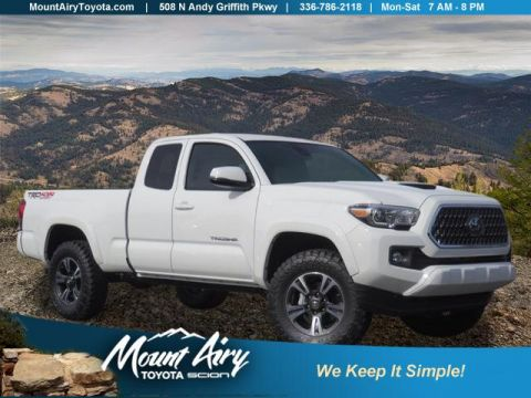 New 2018 Toyota Tacoma TRD Sport Access Cab 6' Bed V6 4x4
