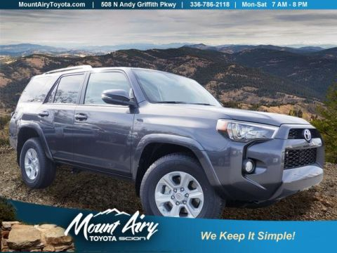 New 2018 Toyota 4Runner SR5 Premium 2WD With Navigation