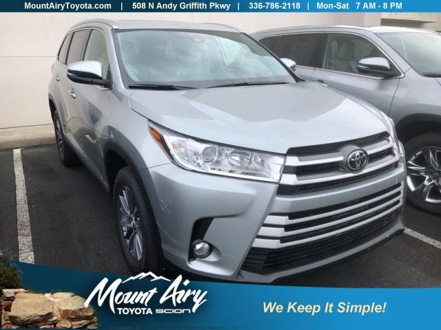 New 2019 Toyota Highlander Xle V6 Fwd Sport Utility In Mount Airy T2699