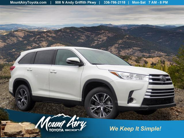 New 2019 Toyota Highlander Le I4 Fwd Sport Utility In Mount Airy