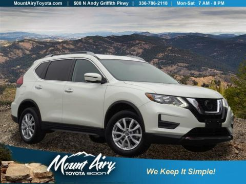Pre-Owned 2018 Nissan Rogue AWD SV