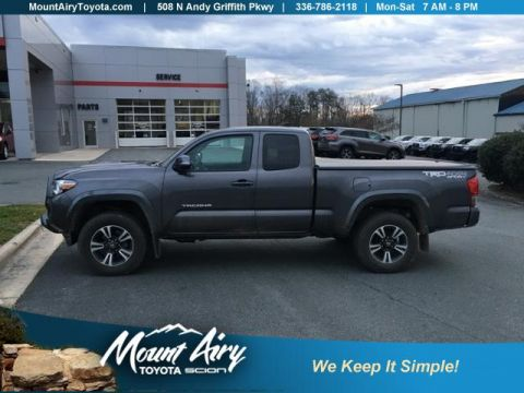 Pre-Owned 2017 Toyota Tacoma TRD Sport Access Cab 6' Bed V6 4x4